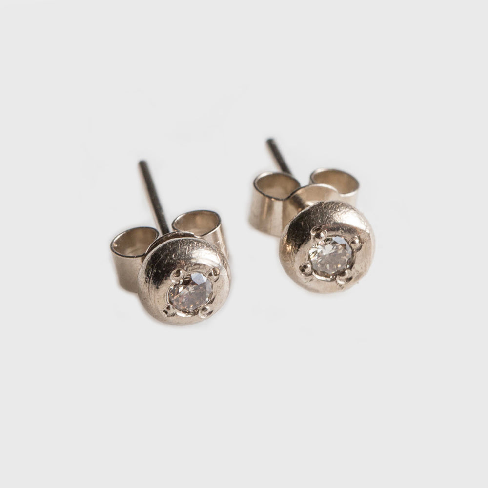 Valentinus Stud Earrings
