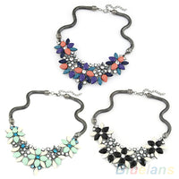 Women Necklace  Luxury Resin Crystal Beads Flower Clavicle   Bib Statement  Necklace 1PYQ