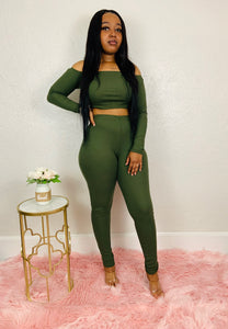 Confidence Kills | Olive Sweater Set
