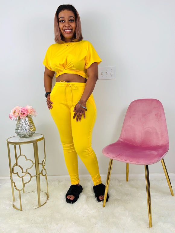 Queen Bee | Yellow Pants Set