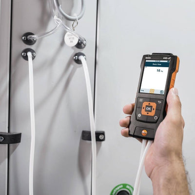 Testo 440 dP : Air Velocity and IAQ Measuring Instrument