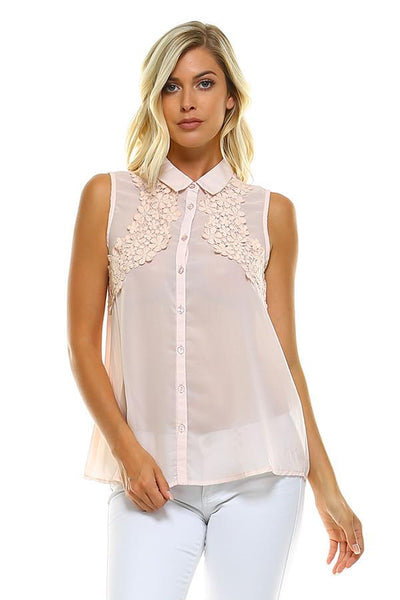 TRI-CLS142502 PEACH S/L WOVEN FLORAL APPLIQUE TOP (price per pack of 6)