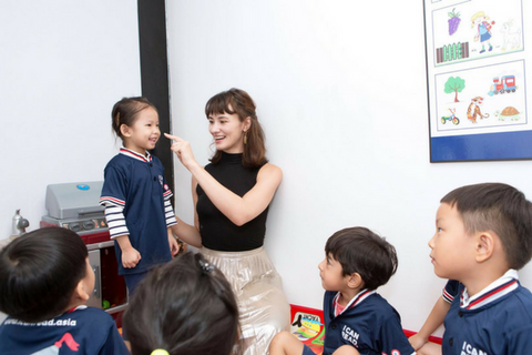 English Reading 4 Classes (2.5-6 years, North Point)