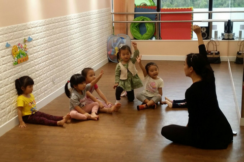 Ballet 2 Classes (>6 years, Ho Man Tin) - Whizpa