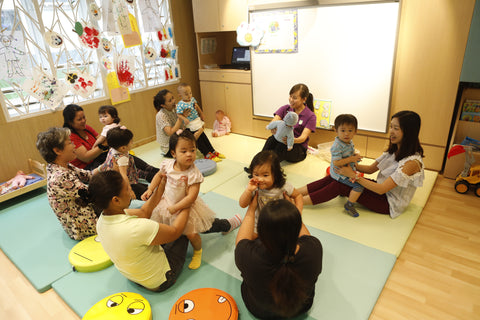 English Playgroup 2 Classes (12-24 months, Kennedy Town)