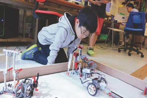 Robotics Division 2 Classes (7-14 years, Hong Kong / Kowloon) - Whizpa