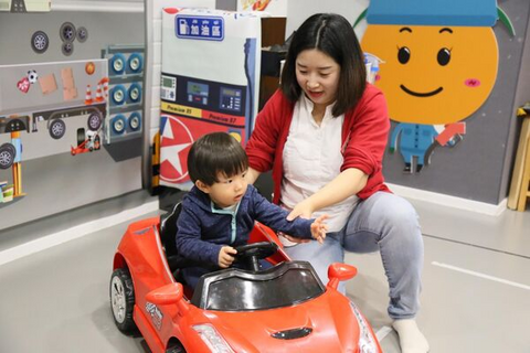 Mini Tots 4 or 5 Classes (1.5–2.5 years, Causeway Bay / Central) - Whizpa