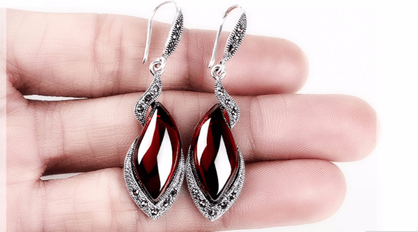 Vintage Thai Garnet Drop Earrings - Discount Patrol