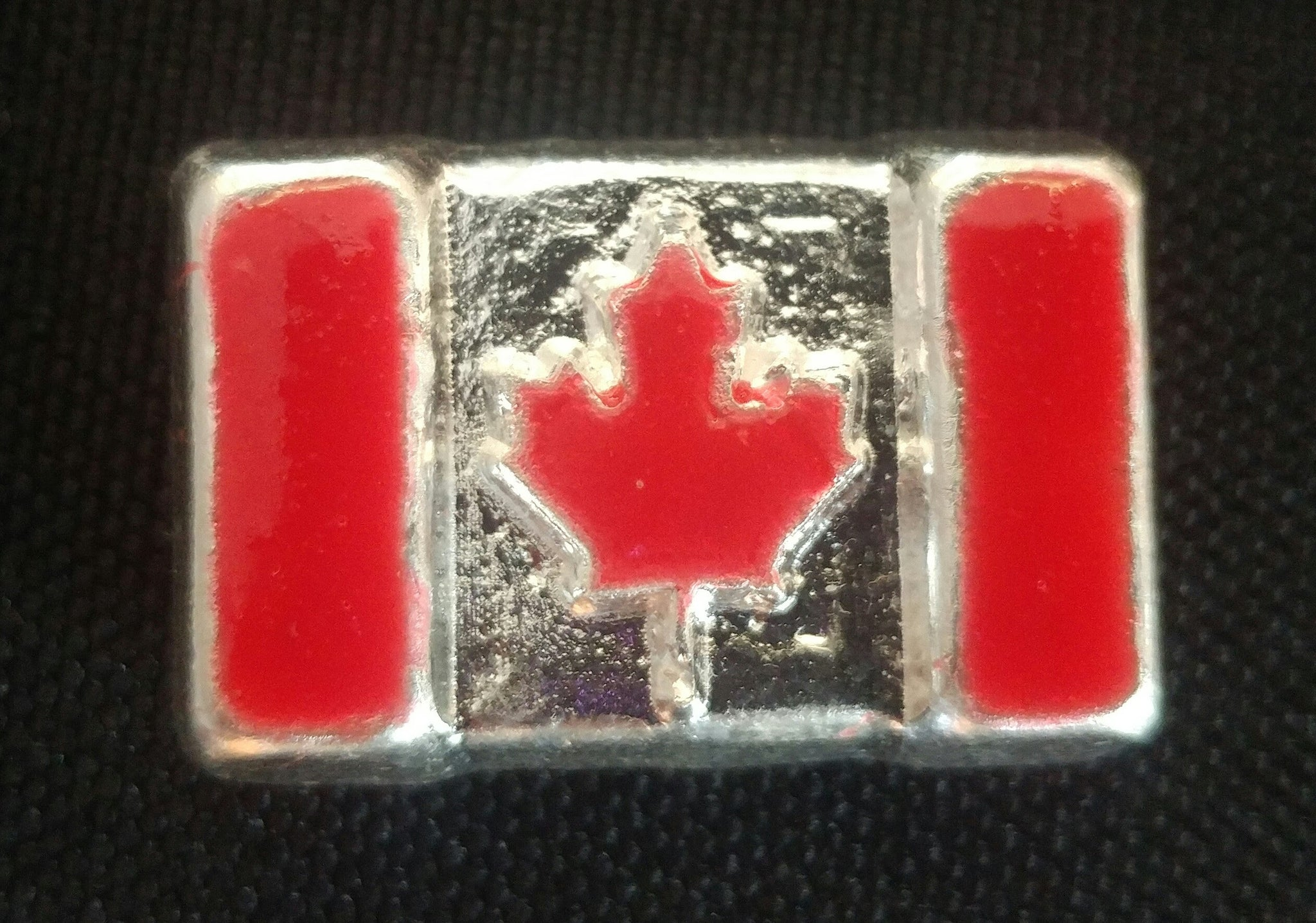 Beaver Bullion 1 oz .999 Pure Silver Enameled Canada Flag Bar