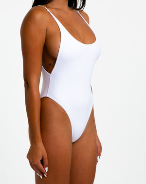Load image into Gallery viewer, SILHOUTTE ALLURE ONE PIECE - crisp white