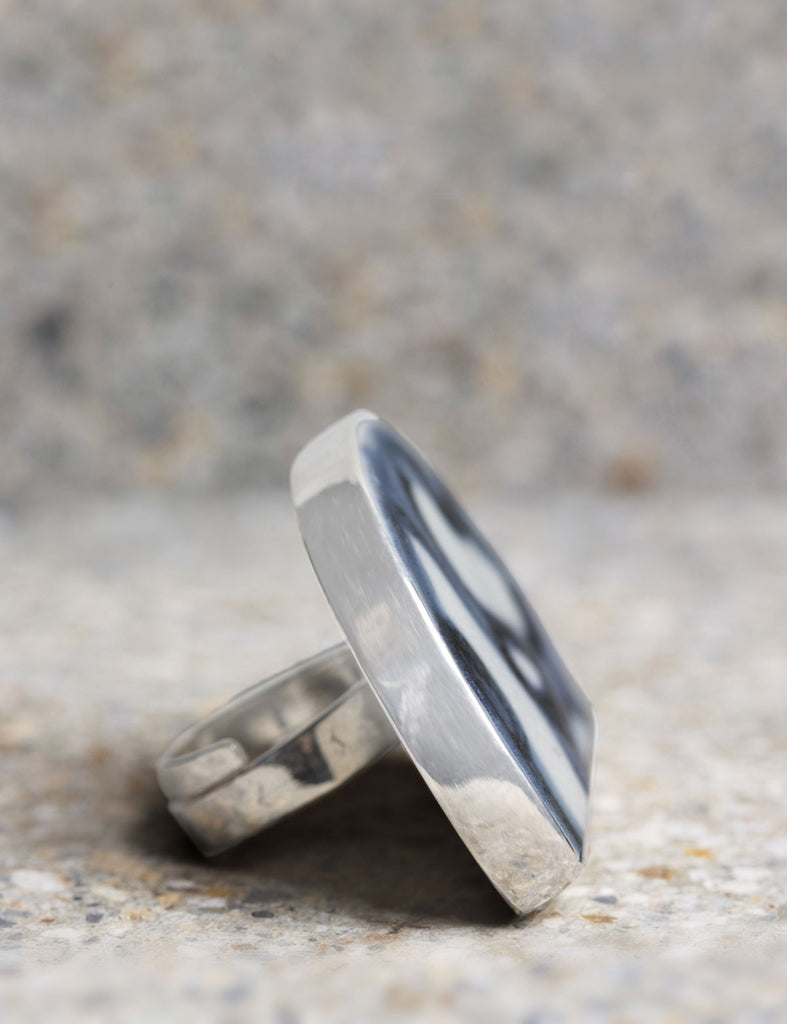 Nguyệt Ceramic Ring - Nous Wanderlust Stories