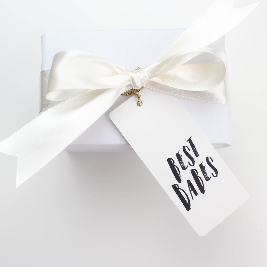 'Best Babes' Gift Tag - Nous Wanderlust Stories