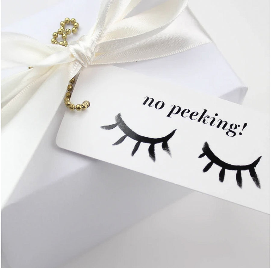 'No Peeking' Gift Tag - Nous Wanderlust Stories