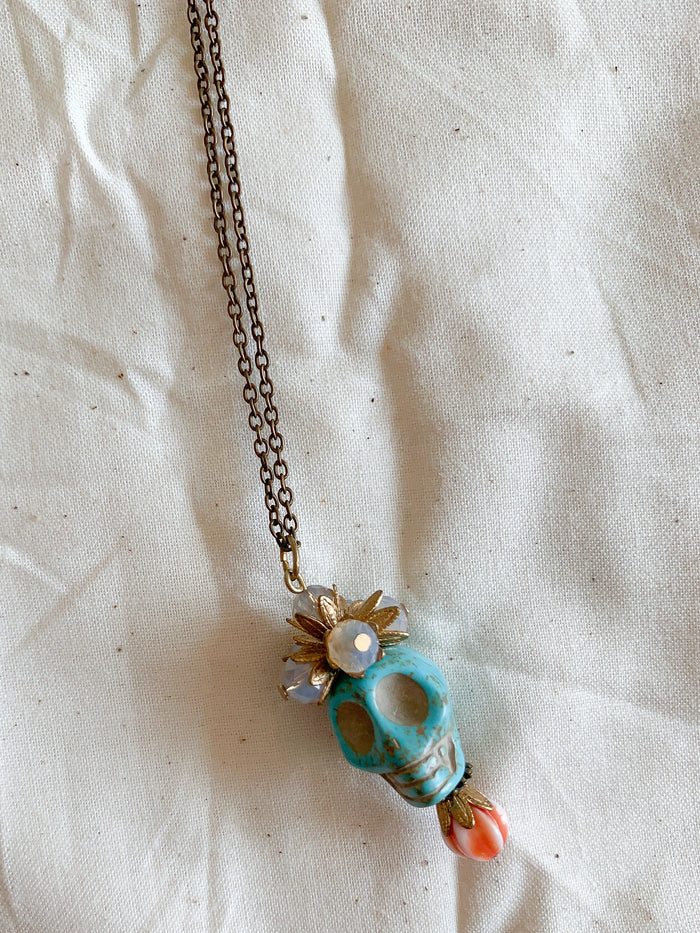 Lone Skull Necklace - Blue - Nous Wanderlust Stories