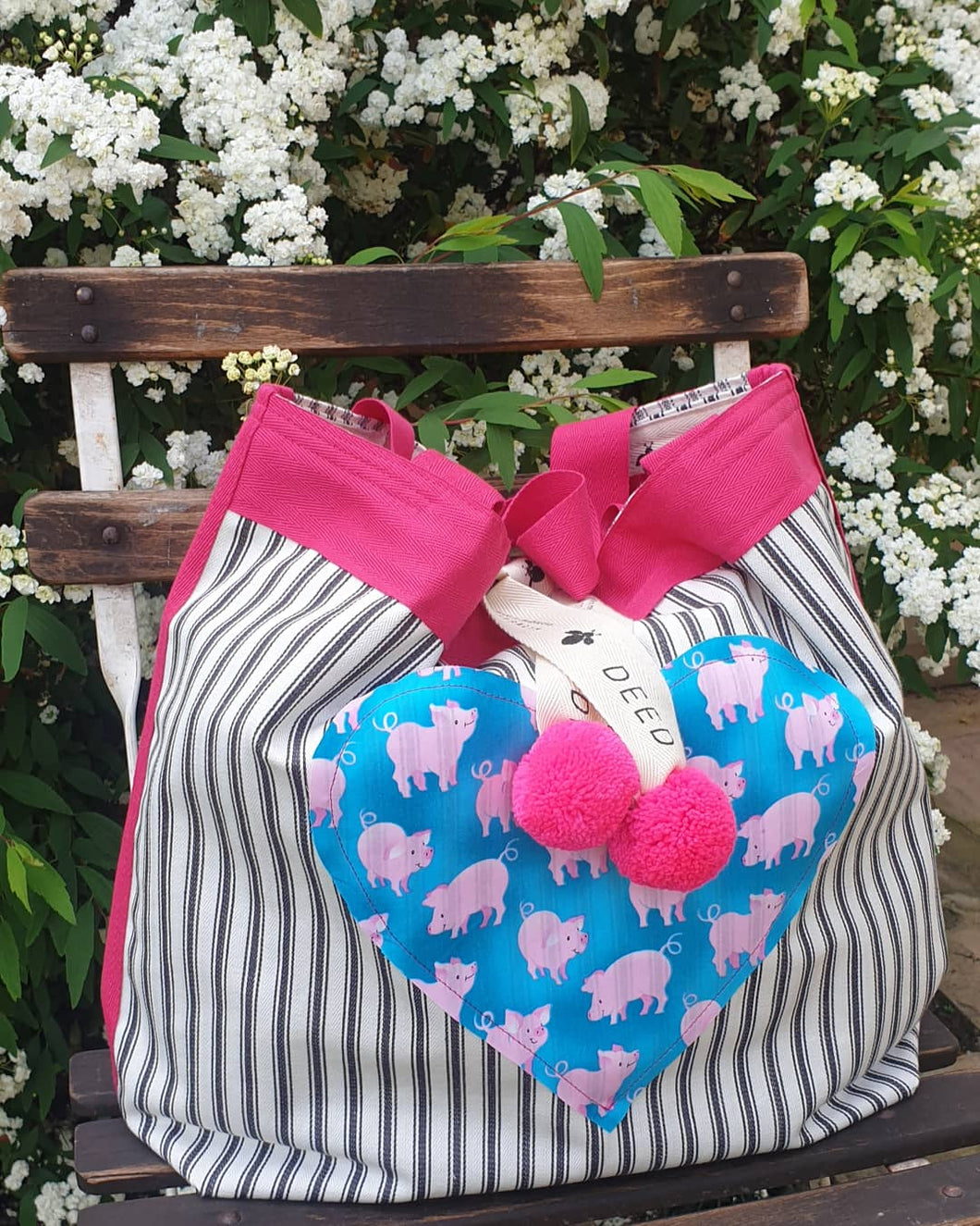 HEARTS - Ticking Stripe with Pink Pigs