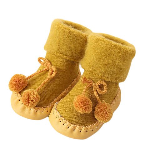 Image of Pom-Pom Baby Sock Booties