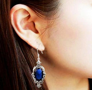 Vintage  sterling silver earrings with blue sapphire 925