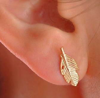 Tiny feather earrings