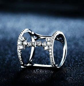Unique geometric design ring paved 43 pieces AAA zircon