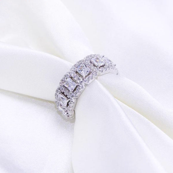 Silver ring with crystals and cubic zirconia 925