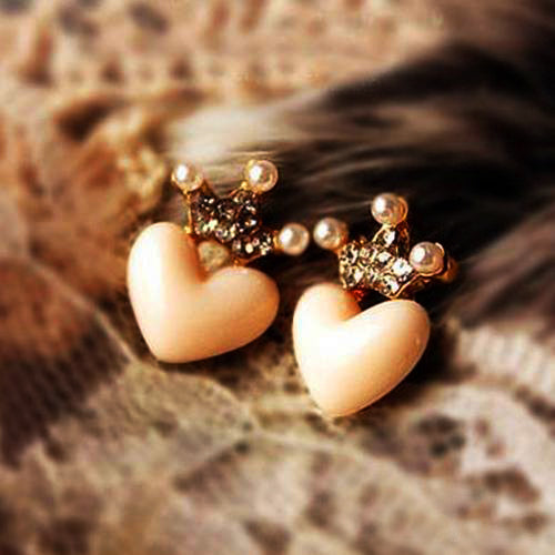 Lovely crystal rhinestone crown & peachy heart earrings