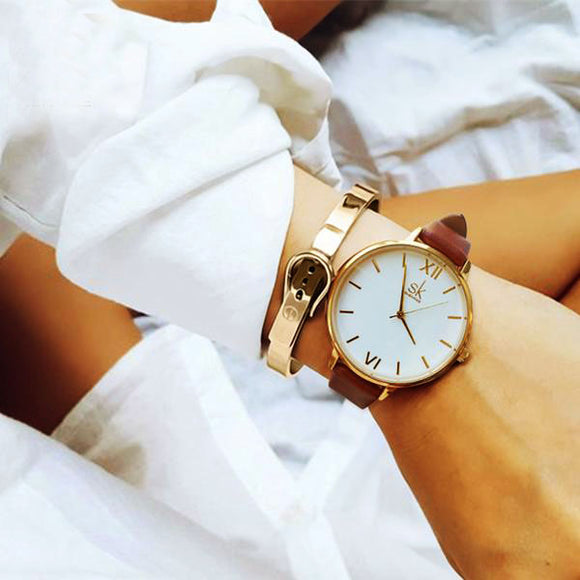 Fashion elegant watches with leather strap