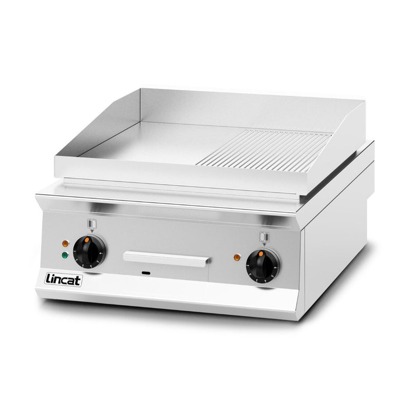 Lincat Opus 800 Half Ribbed Steel Electric Griddle : OE8205/R