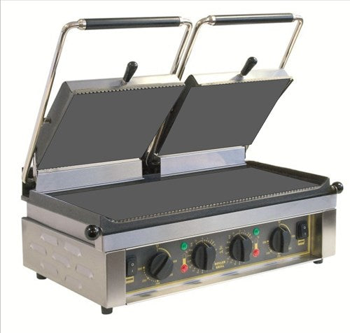 Roller Grill Twin Contact Grill Flat Base & Flat Top : MAJESTIC FT