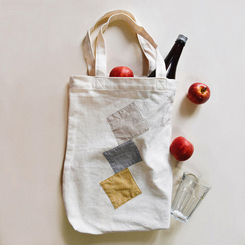 Tote bag with minimal shapes | Sewing project © Singer® Hong Kong
