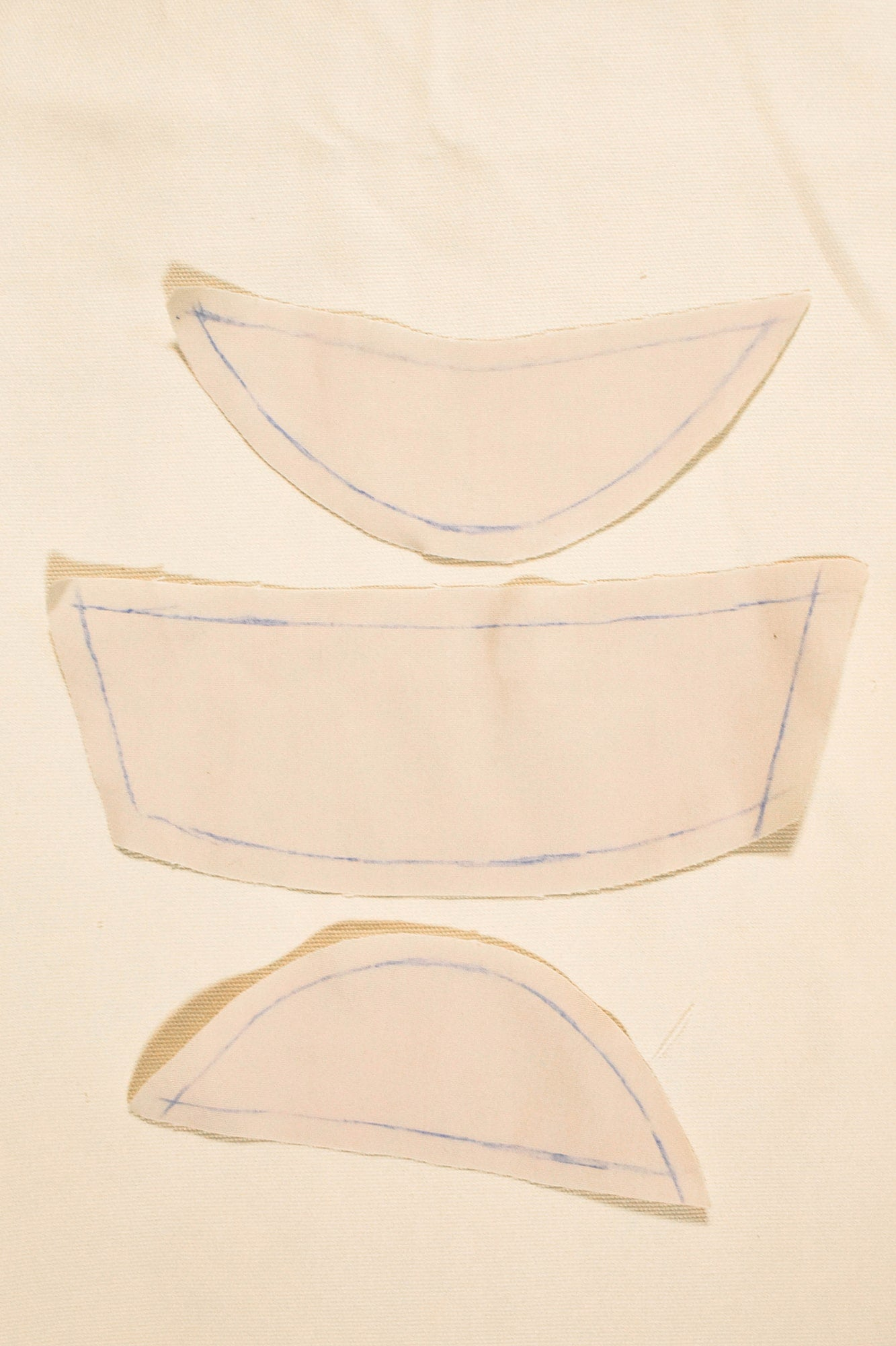 Cut out the pieces with seam allowance according to the pattern to make the inner layer of the mask  | How to make a face mask | Sewing project © Singer® Hong Kong