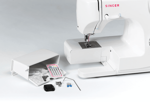 Sewing accessories of Tradition™ 2250 sewing machine. Tradition™ 2250 衣車的縫紉配件