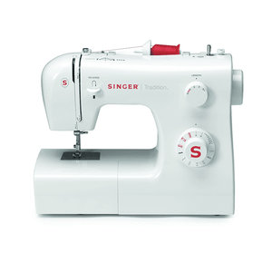SINGER® Tradition™ 2250 electrical sewing machine. 勝家® Tradition™ 2250 縫紉機