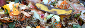 Home composting to reduce waste