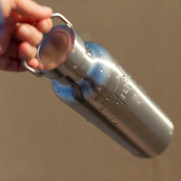 condensation on a Red Original insulated drinks bottle