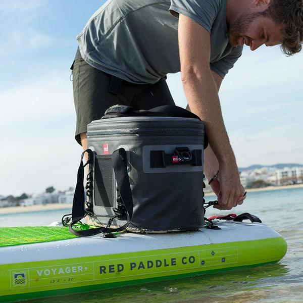 Strapping 18L cooler bag to paddle board