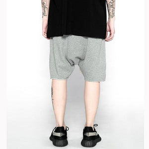LOOSE SWEAT SHORTS