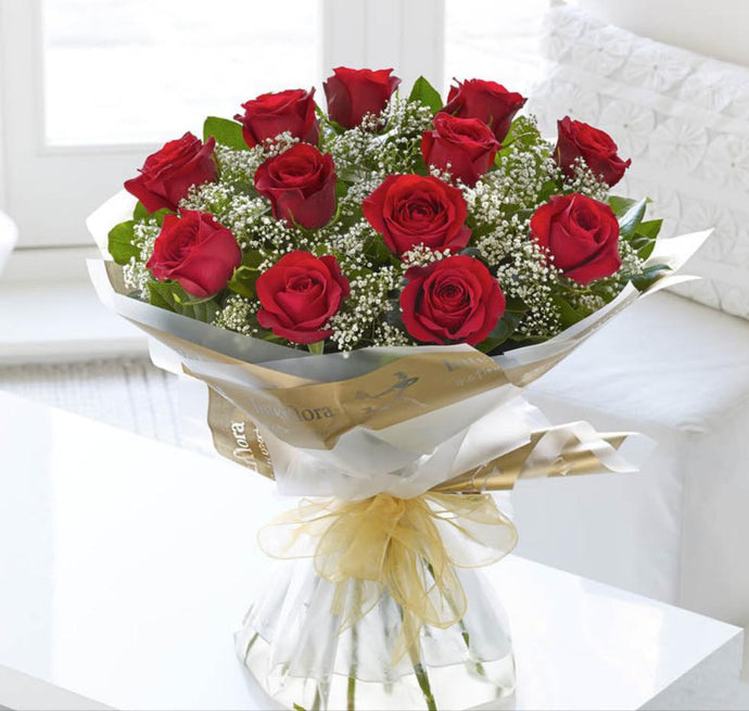 Heavenly Dozen, The Classic 12 Red Roses assorted colours available