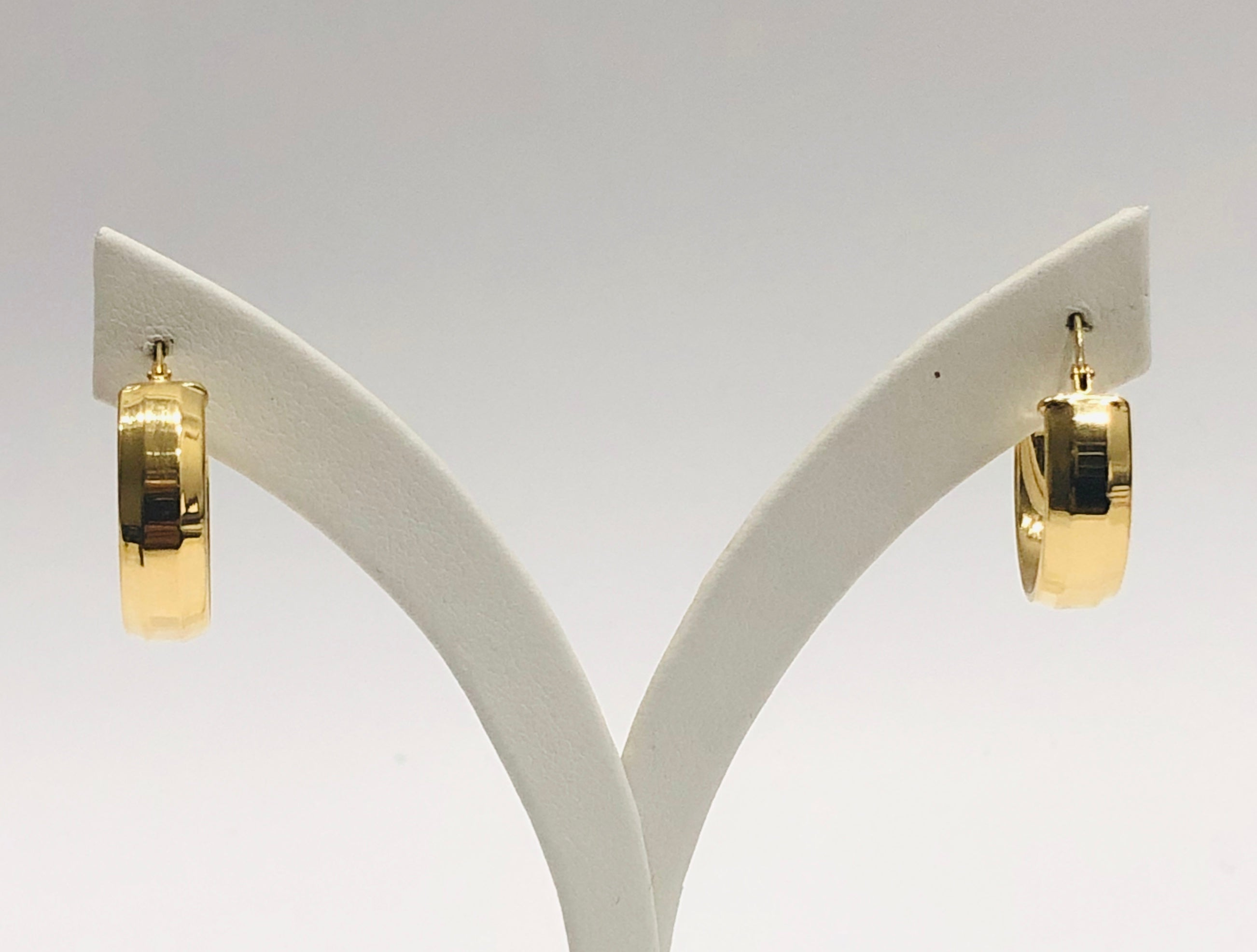 9ct Yellow Gold Silver Filled 19mm x 6mm Hoop Earrings