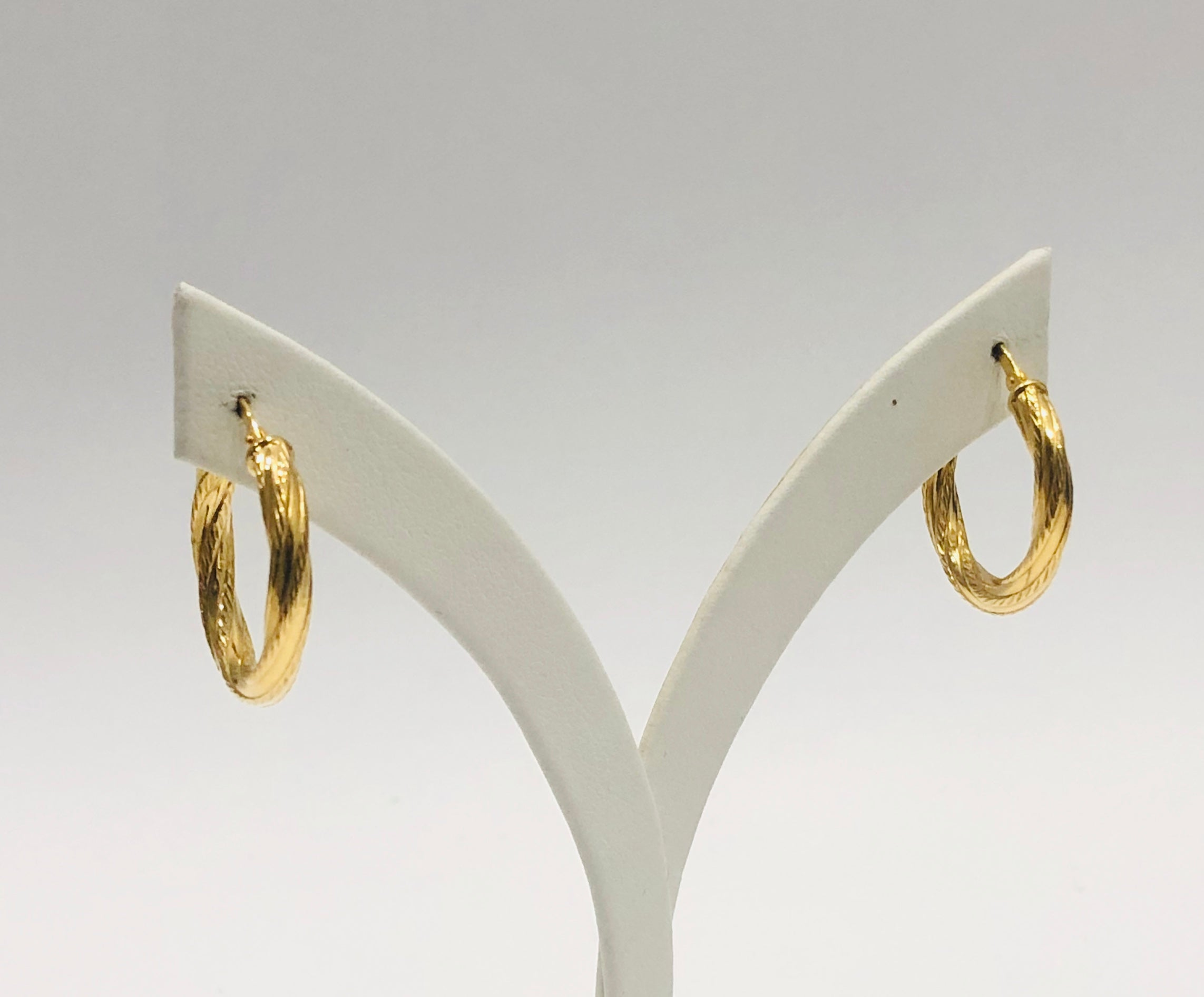 9ct Yellow Gold Silver Filled Twist Design 21mm Hoop Earrings