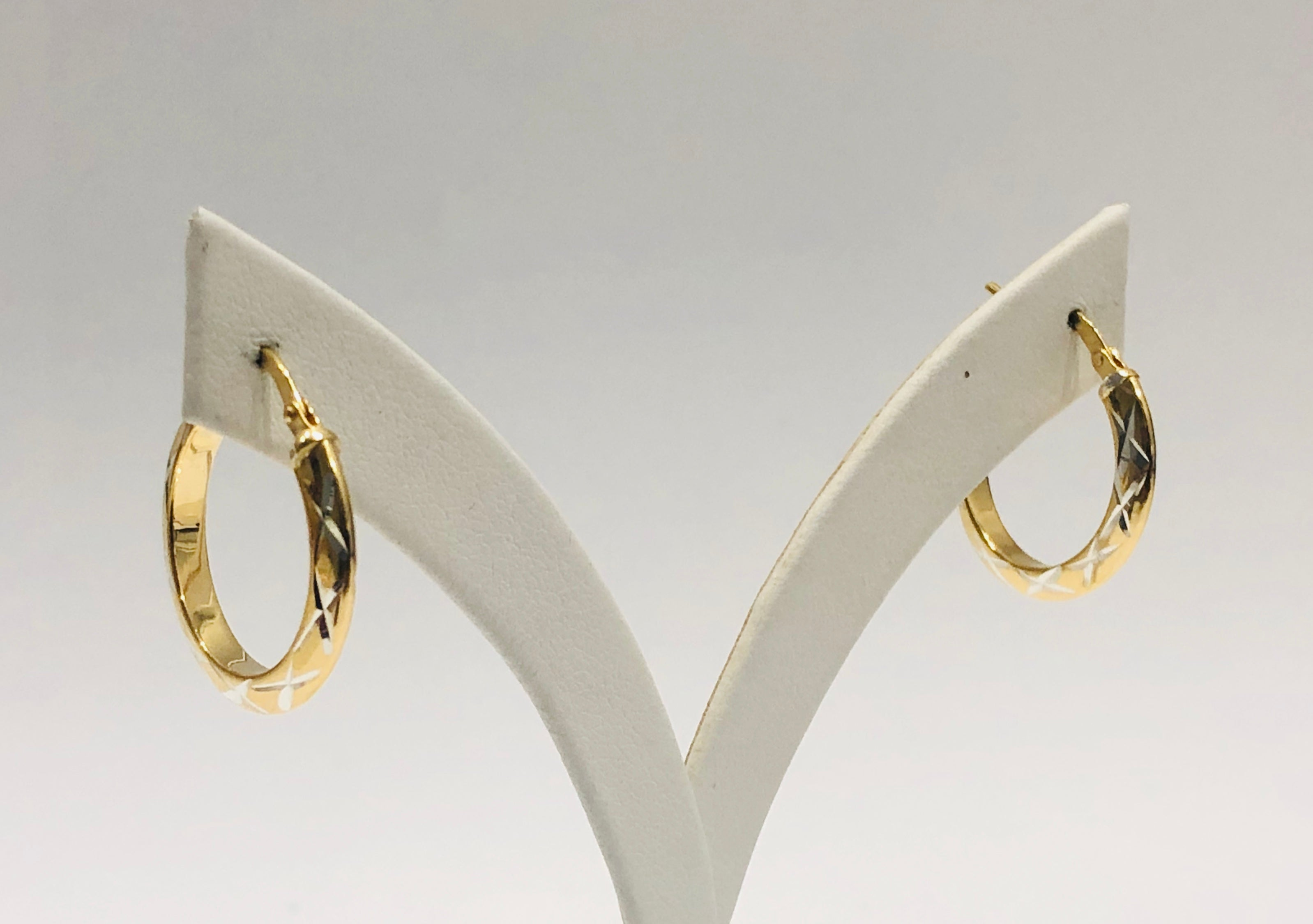 9ct Yellow Gold Silver Filled Two Tone Diamond Cut 21mm Hoop Earrings