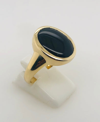 9ct Yellow Gold 11 x 15 Oval Black ONYX Ring