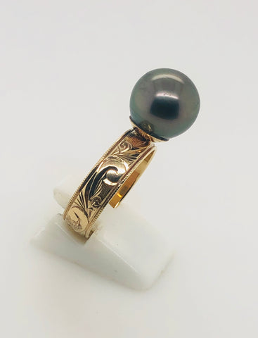 9ct Gold Tahitian Black Pearl Ring On Hawaiian Design Band - 14