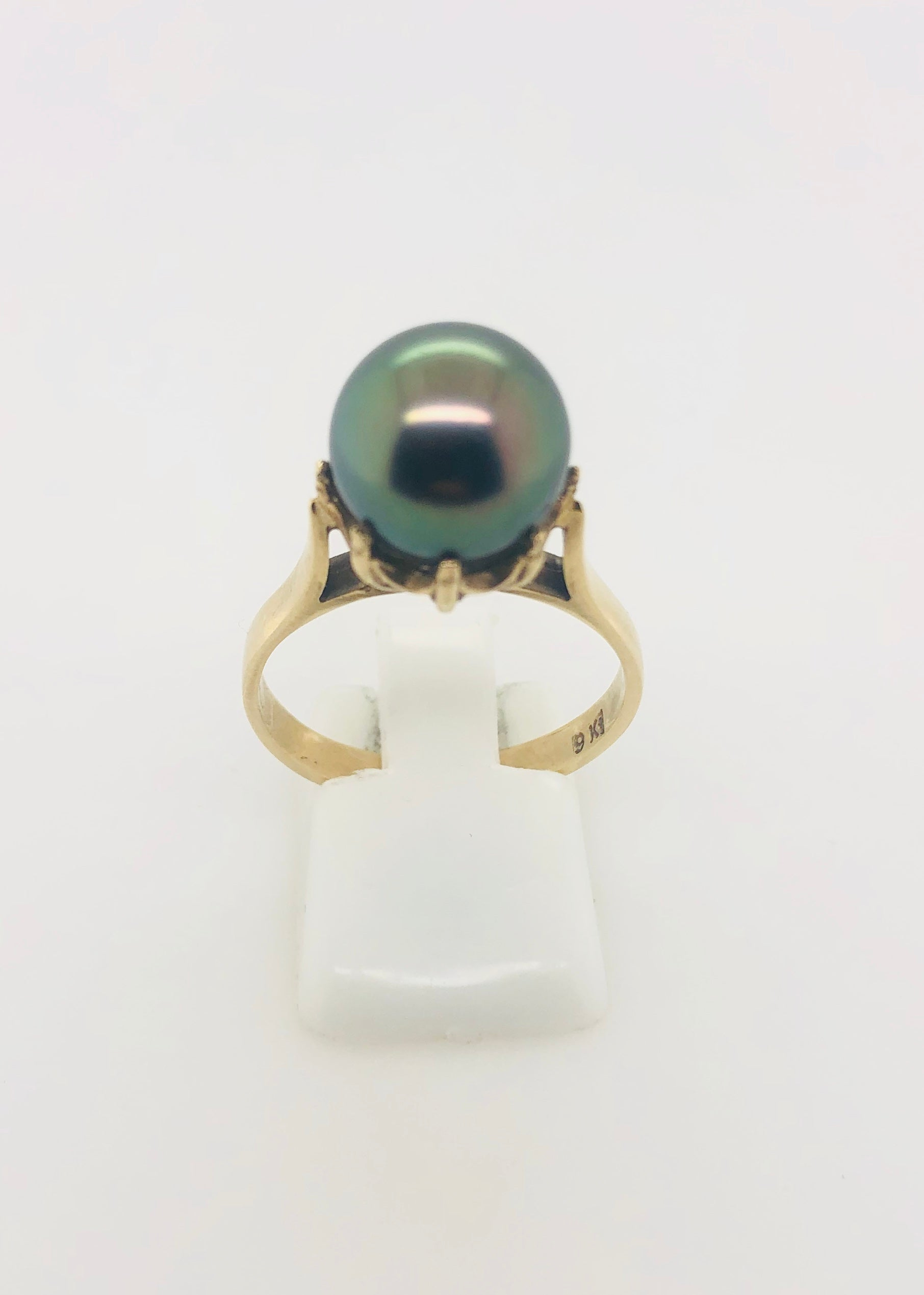 9ct Gold Tahitian Black Pearl Ring 07