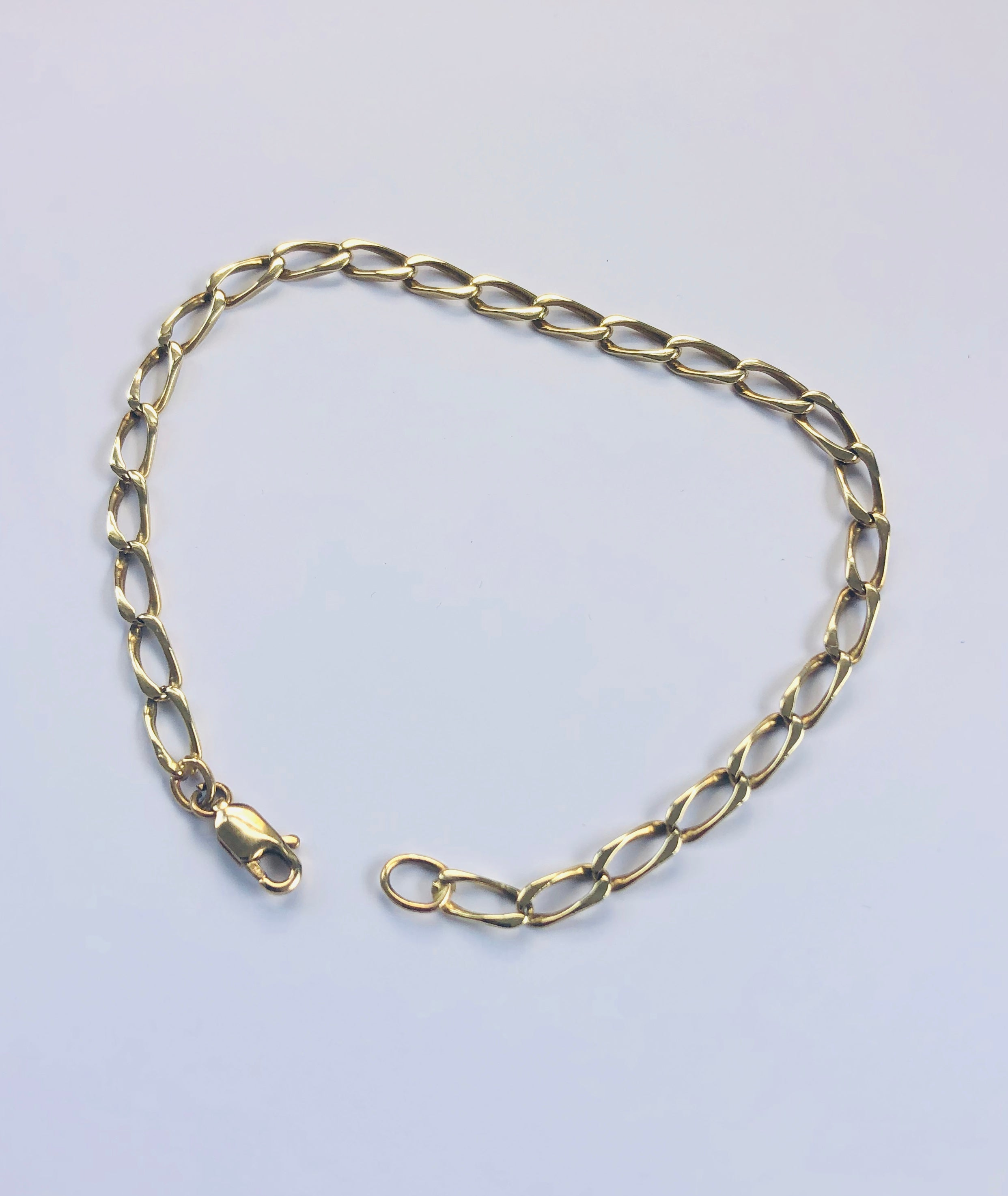 9ct Yellow Gold Bracelet - 001