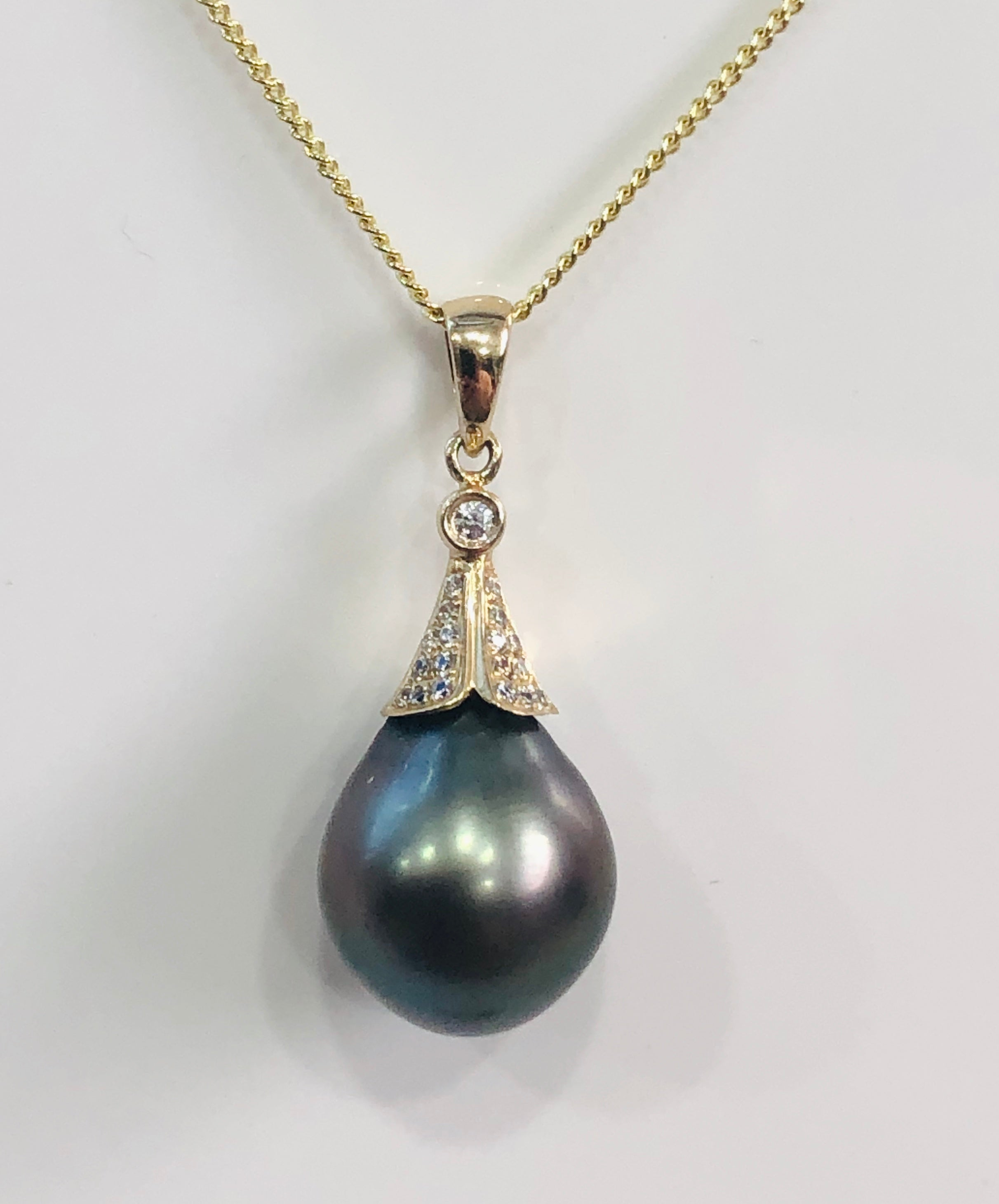 9ct Gold Pearl Pendant With A Teardrop Tahitian Black Pearl - 11