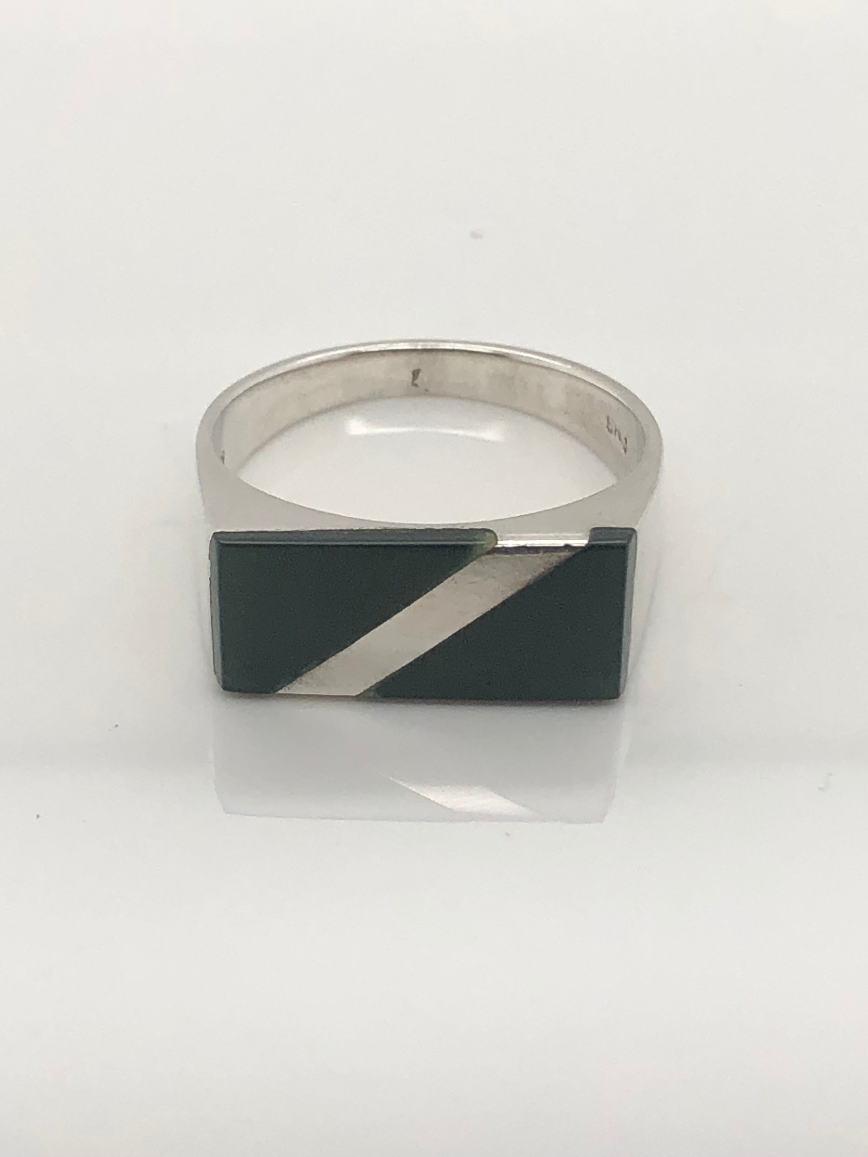 Gents Sterling Silver Ring 011