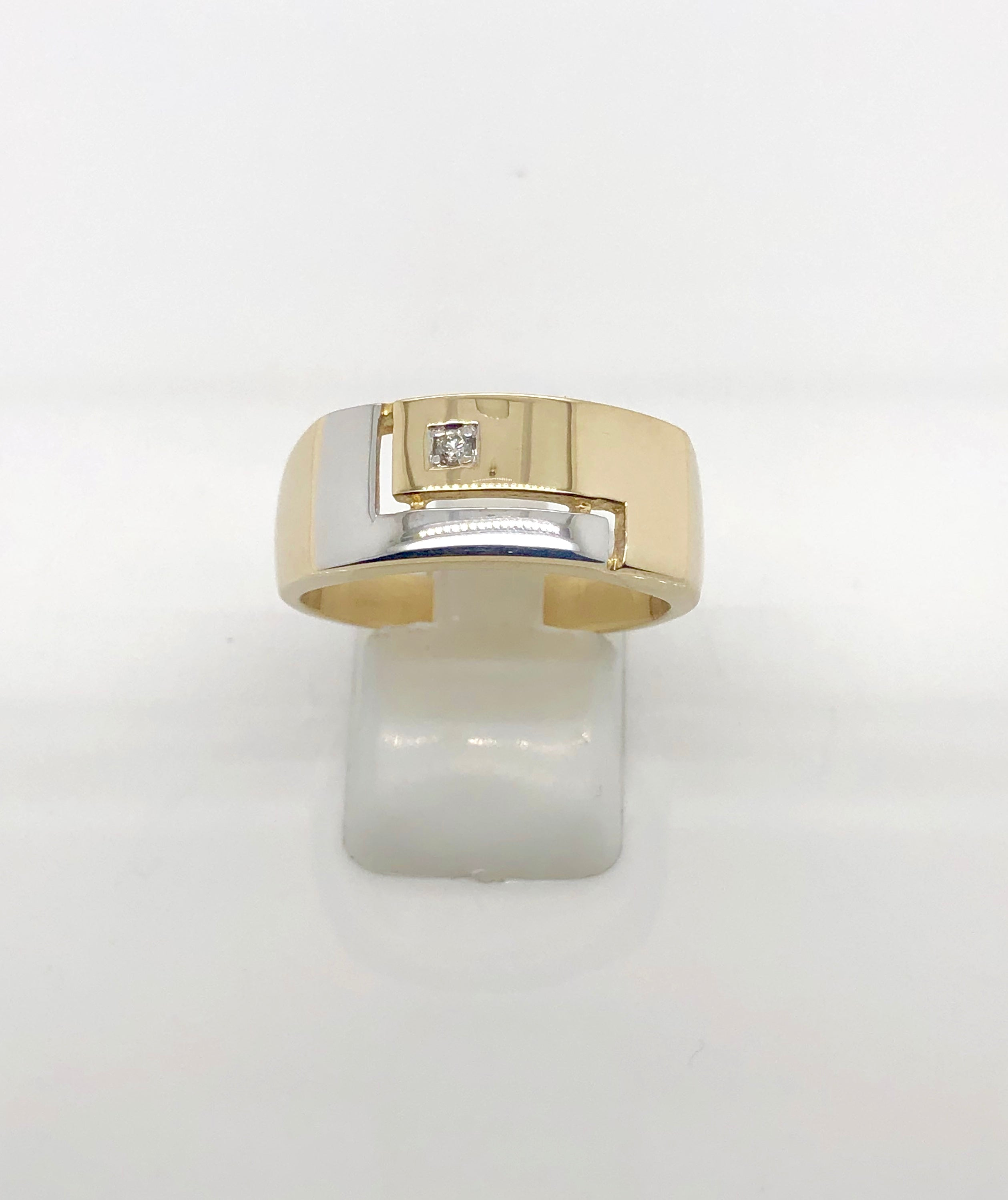 9ct Gold Gents Ring 003