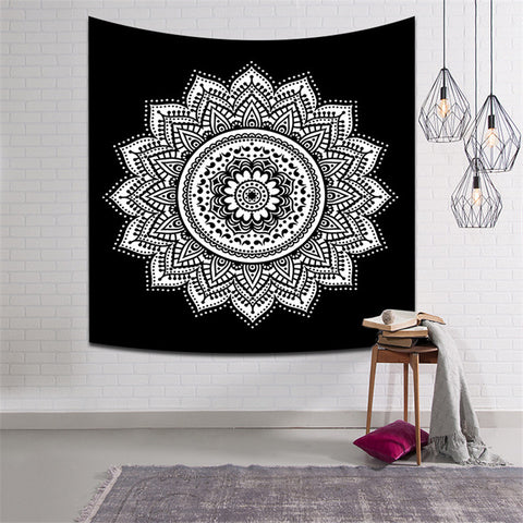 Black And White Mandala Tapestry Leaving room