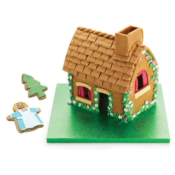 SWEETLY DOES IT GINGERBREAD HOUSE KIT - toybox.ae