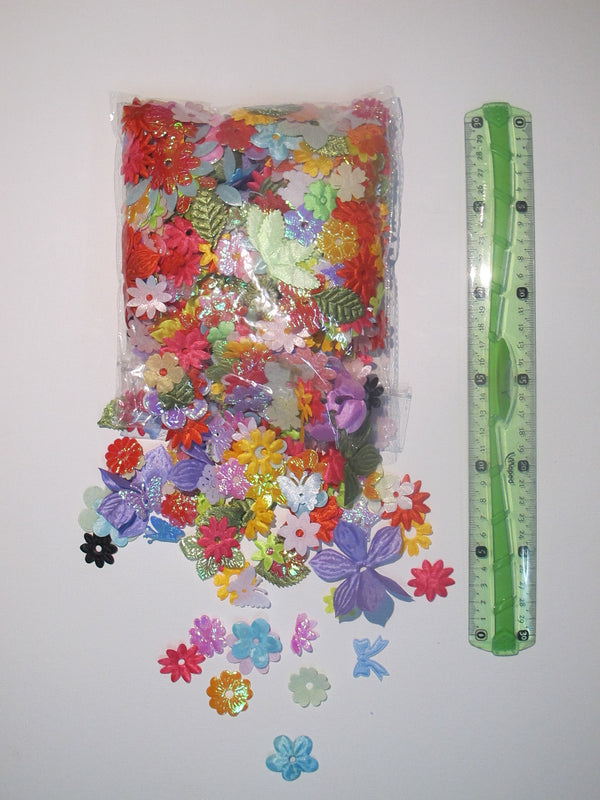 Fabric Flower puffs - Pack 1000pcs - toybox.ae